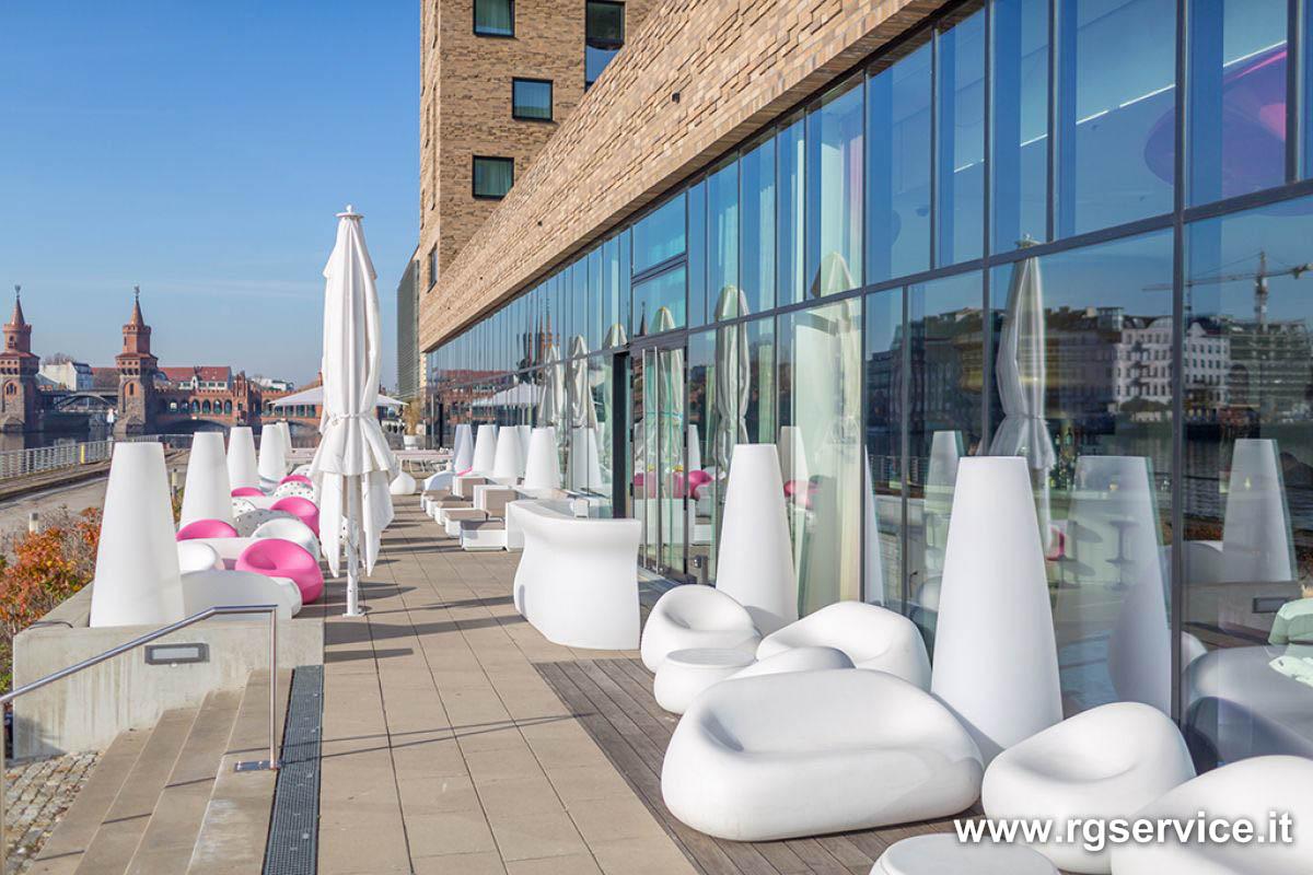 Arredo outdoor per resort alberghi hotel ville e giardini for Arredo ville e giardini